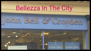 John Bell and Croyden a Londra
