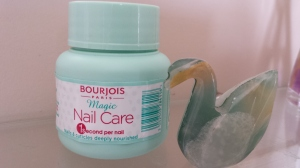 Bourjois Magic Nail Care