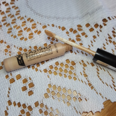 Long-Lasting_perfection_concealer-collection-bellezzainthecity