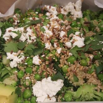 Leon-Naturally-Fast-Food-Original-Super-Salad-Bellezza-in-the-city
