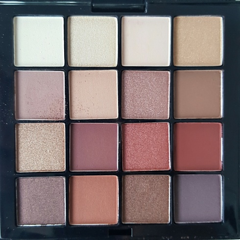 Ultimate-Eyeshadow-Palette-Warm-Neutral-NYX-Bellezzainthecity