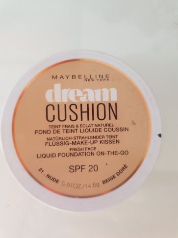 Fondotinta-Dream-Cushion-Maybelline-recensione-bellezza-in-the-city