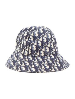 Bucket_Hat_Dior_Bellezza_In_The_City